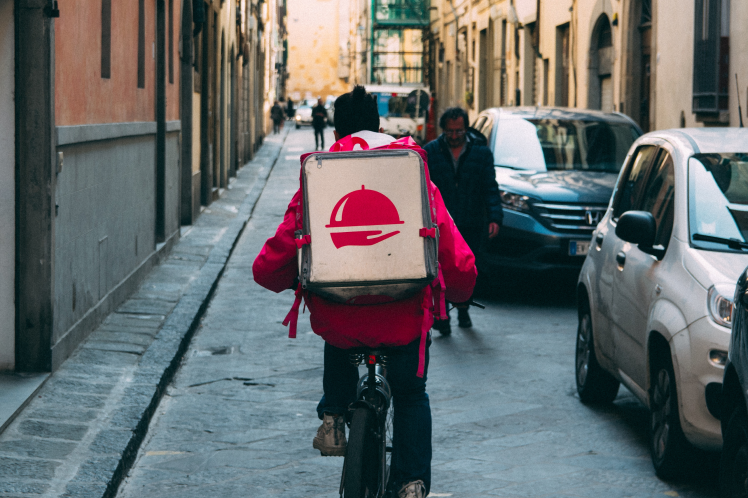 Gig economy jobs - food delivery